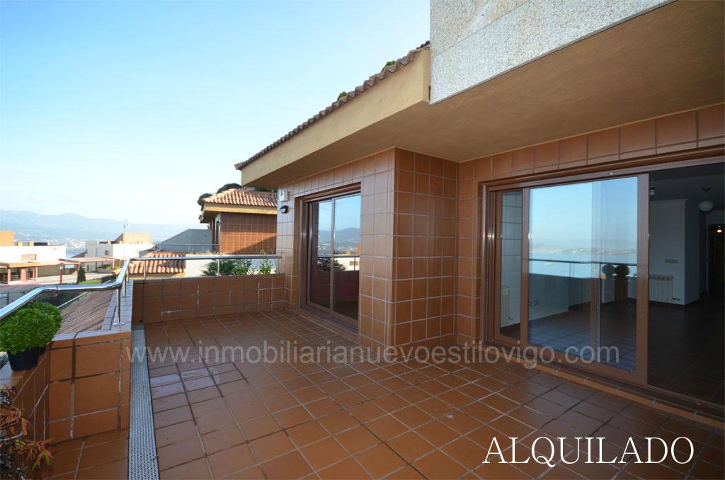 vivienda con terraza y vistas espectaculares sobre