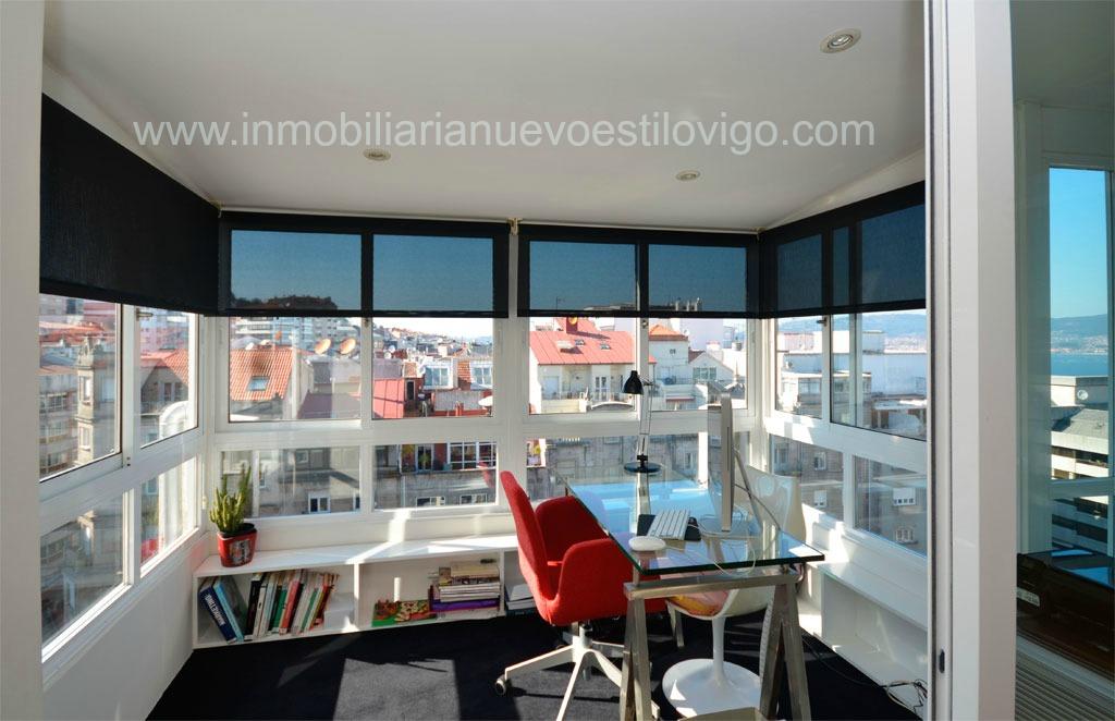 Atico de cinco habitaciones en gran v a impresionantes - Construir habitacion en terraza de atico ...