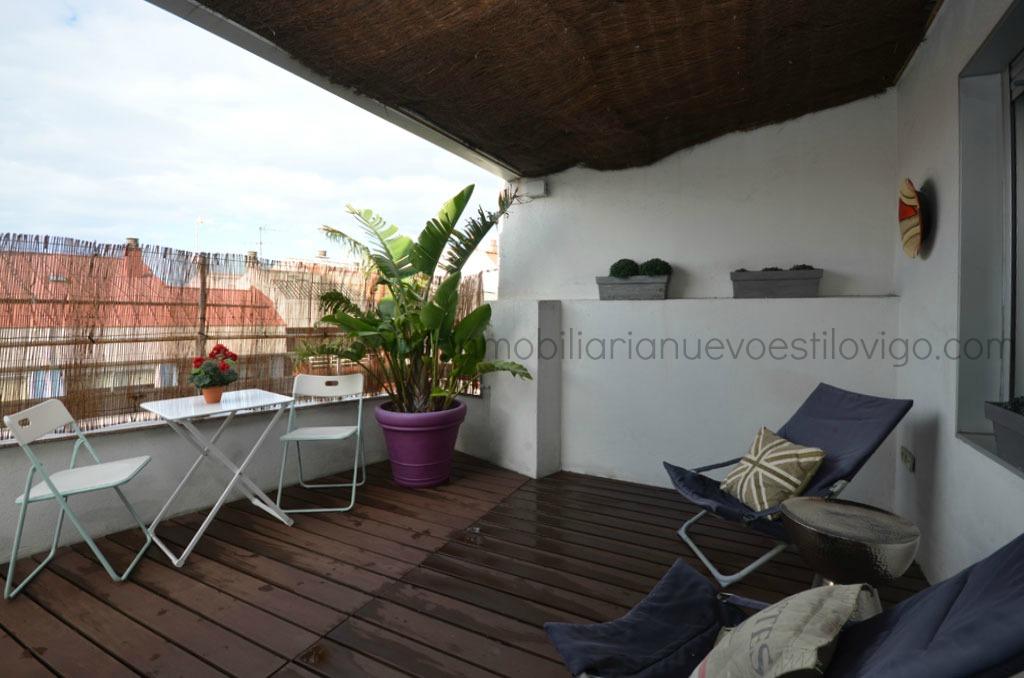 Moderno tico de dise o con terraza en c camelias vigo - Diseno terrazas aticos ...