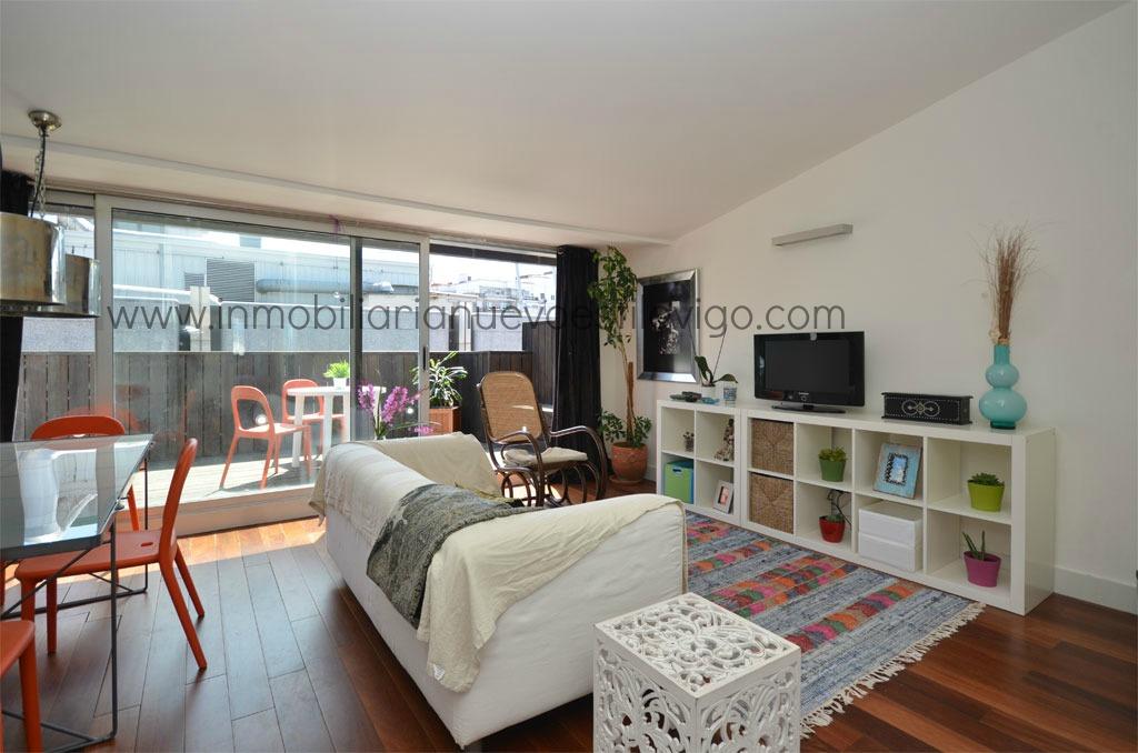 Reforma Baño En Vigo:REF: V-2H024 Dormitorios: 2 Baños: 1 Superficie: 55 m2 + 15 m2