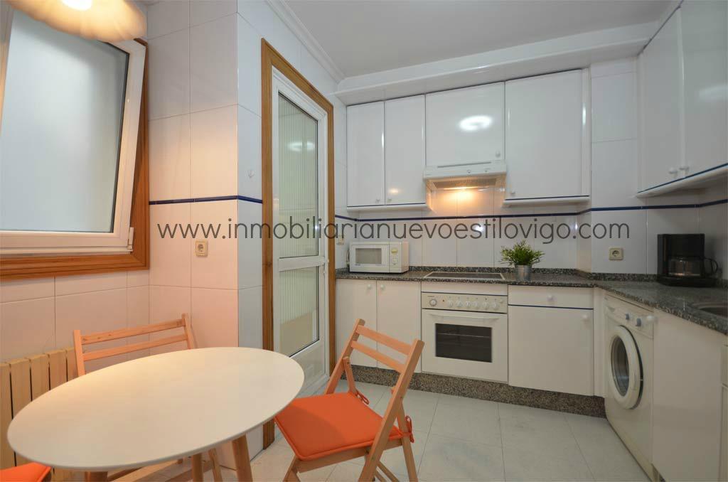 Alquiler apartamento amueblado plaza de compostelainmobiliaria nuevo estilo vigo - Alquiler de apartamentos en vigo ...