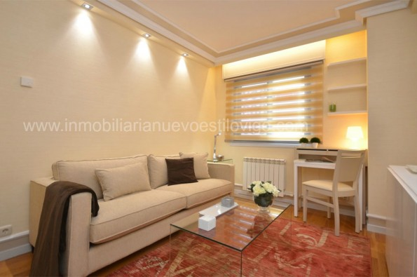Apartamento de un dormitorio, con garaje, en Residencial Fraga, Avda. de García Barbón-Vigo_zona centro