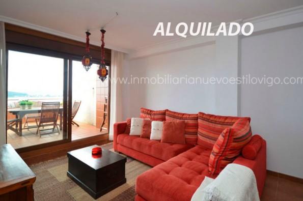 Vivienda tres dormitorios con terraza, piscina y zona infantil, en macla urbanización Vista Real_Baiona
