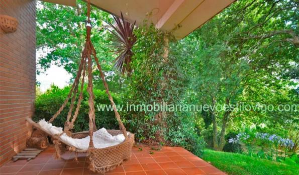Magnífico chalet con jardín arbolado en Chaín_ Gondomar – Zona Valle Miñor