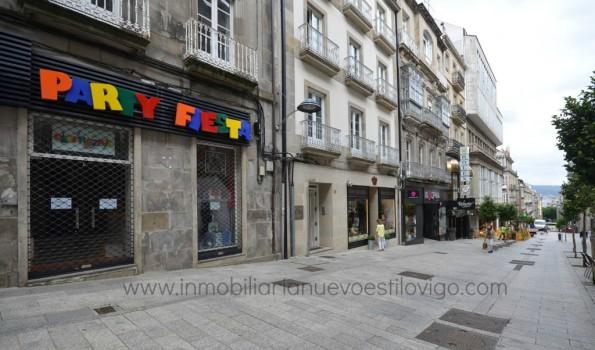 Céntrico Local Comercial en C/ Velázquez Moreno-Vigo_zona centro