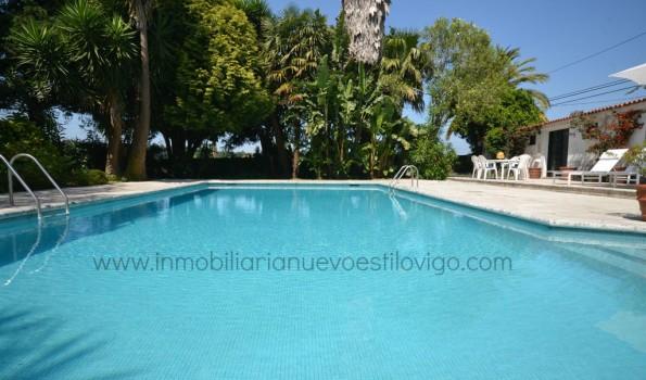 Espectacular finca con dos chalets, piscina y pistas de padel y tenis en Parada-Nigrán_zona playas