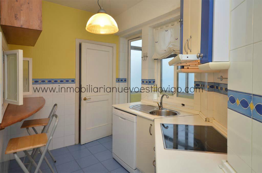 Luminoso piso de 3 dormitorios con dos terrazas en c for Oficinas corte ingles madrid