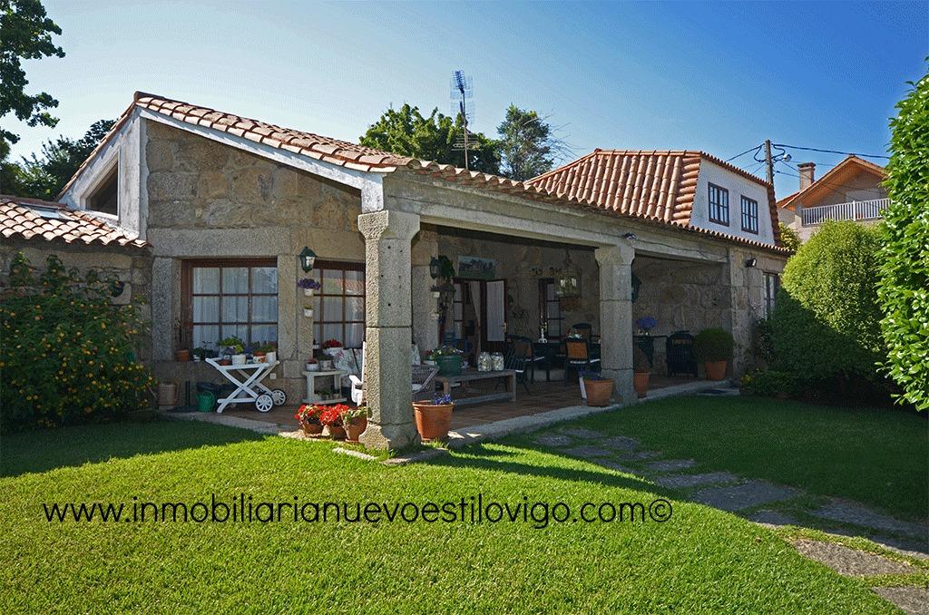 Preciosa casa de piedra gallega rehabilitada con - Casas de piedra gallegas ...