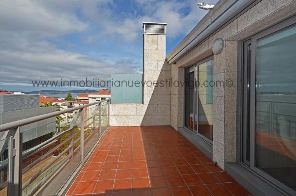 Estupendo dúplex de cuatro dormitorios en C/ Pintor José Frau-Vigo_zona Traviesas