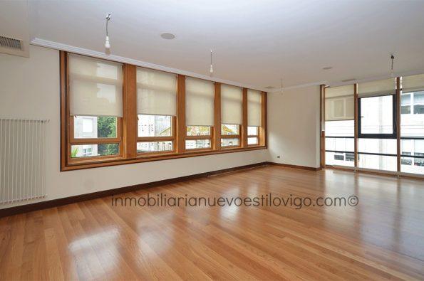Las mejores calidades en esta vivienda de tres dormitorios en C/ Pablo Morillo-Vigo_zona marítima centro