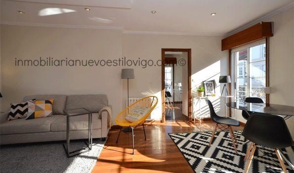 Apartamento totalmente exterior con vistas al mar y muy soleado en C/ Elduayen-Vigo_zona centro