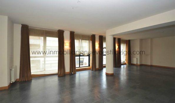 Estupendo piso de 170 m2 con garaje, C/ Castelar-Vigo_zona marítima centro