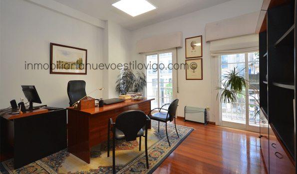 Céntricas y soleadas oficinas en C/ García Barbón-Vigo_zona centro