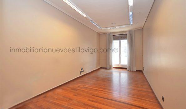 Céntrico dúplex habilitado como oficina o vivienda, C/ Colón-Vigo_zona centro