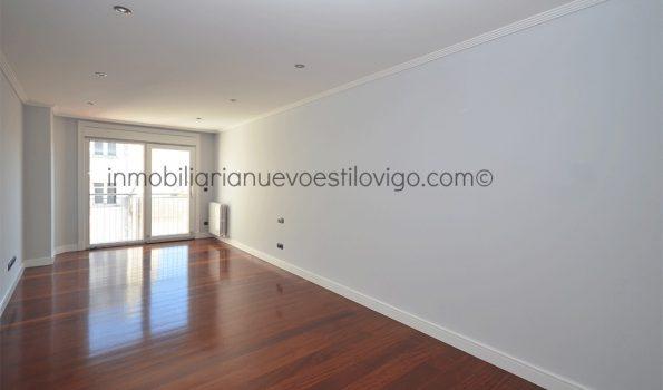 Céntrica vivienda de tres dormitorios con garaje, en el edificio Suevia, C/ Policarpo Sanz-Vigo_zona centro