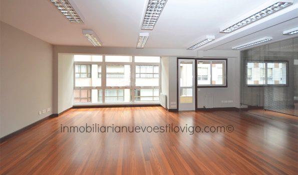 Impecable y céntrica oficina de 140 m2 en C/ Luis Taboada-Vigo_zona centro
