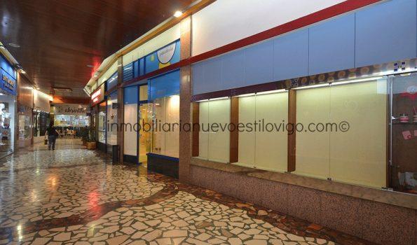 Con reforma incluida se alquila este céntrico local en las Galerías Durán,  C/ Príncipe-Vigo_zona centro