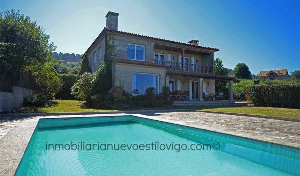 Espectacular chalet de piedra con magníficas vistas en Bembrive-Vigo