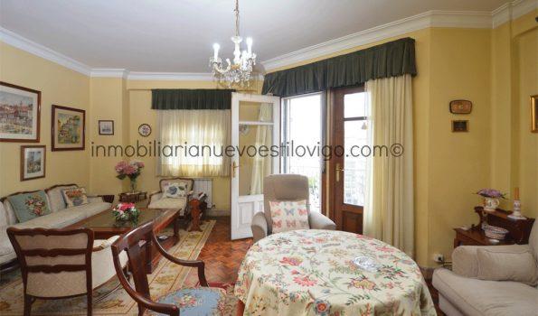 Alto y soleado piso totalmente exterior de tres dormitorios, C/ Simón Bolivar-Vigo_zona centro