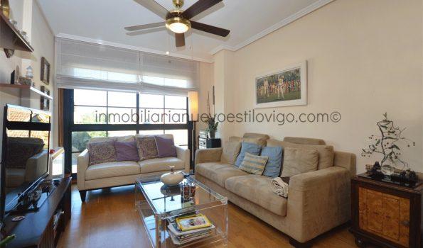 Acogedor apartamento de tres dormitorios con dos plazas de garaje, C/ Areas-Sabarís_Baiona-zona playas