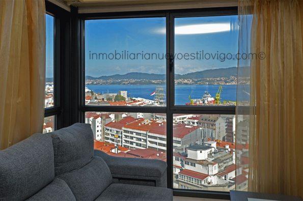 Vistas al mar en vivienda situada en la Torres del Club Financiero, C/ García Barbón-Vigo_zona centro