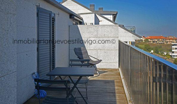 Moderno apartamento de un dormitorio, con terraza y vistas al mar en Sabarís-Baiona_zona playas