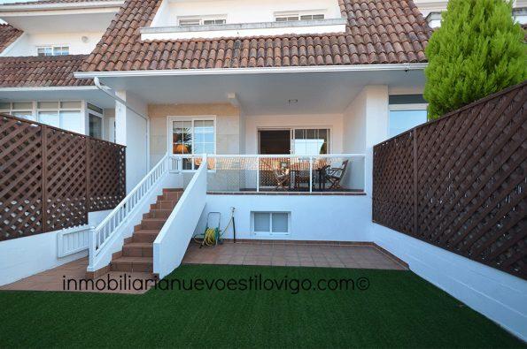 Impecable chalet adosado de cinco dormitorios en la Urbanización Puente Romano-Baiona_zona playas