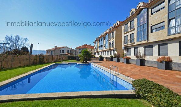 Moderno apartamento de dos dormitorios en urbanización con piscina, Nigrán-zona playas