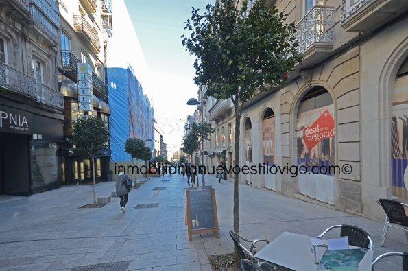Céntrico y amplio local en C/ Velázquez Moreno-Vigo_zona Príncipe