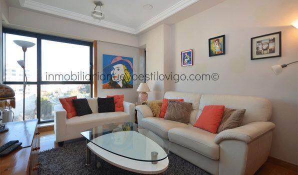 Luminoso apartamento de un dormitorio con garaje en las Torres del Club Financiero, C/ García Barbón-Vigo_zona centro