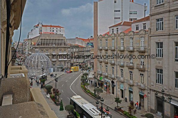 Estupenda oficina ubicada en edificio señorial en C/ Urzaiz-Vigo_zona centro