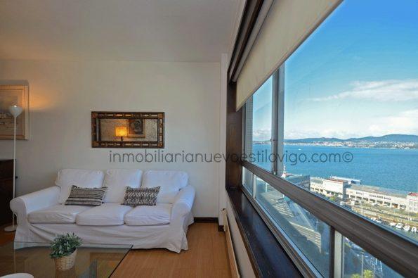 Impresionantes vistas desde este apartamento en primera línea en C/ Cánovas del Castillo-Vigo_zona Marítima-centro