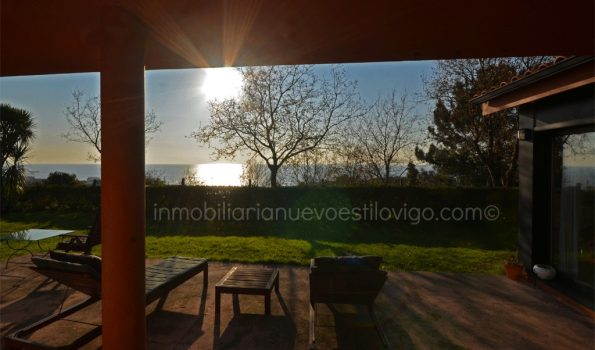Singular chalet en un entorno idílico con relajantes vistas al mar en Viladesuso-Santa Mª de Oia_zona playas