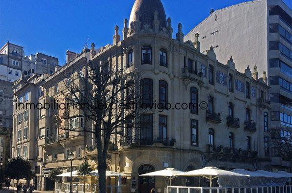 Maravillosa oficina situada en edificio emblemático, C/ Montero Ríos-Vigo_zona centro
