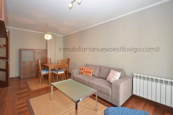 Acogedor apartamento de 2 dormitorios amueblado y con garaje en la calle Sevilla-Vigo_zona Gran Vía
