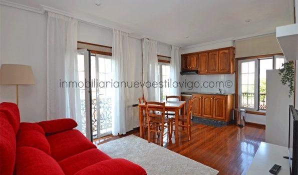 Apartamento luminoso, soleado y al lado de la Alameda, C/ Victoria-Vigo_zona centro/plaza Compostela