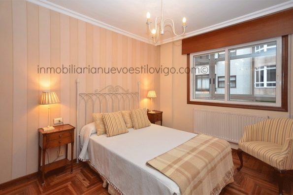 Amplia vivienda de cuatro dormitorios con garaje, C/ Zamora-Vigo_zona Traviesas