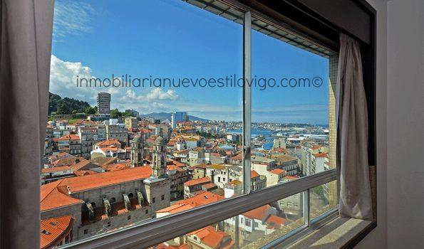 Amplio estudio vacío con espectaculares vistas, C/ Cánovas del Castillo-Vigo_zona marítima centro