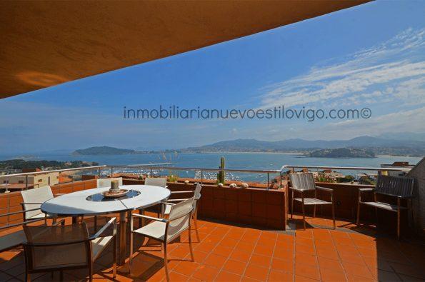 Espectaculares vistas a la bahía de Baiona desde este dúplex en la urbanización Vista Real, Baiona_zona playas