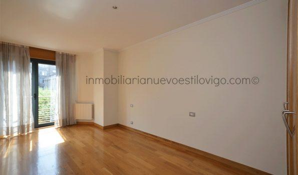 Céntrica vivienda de tres dormitorios con garaje y trastero, C/ García Barbón-Vigo_zona centro