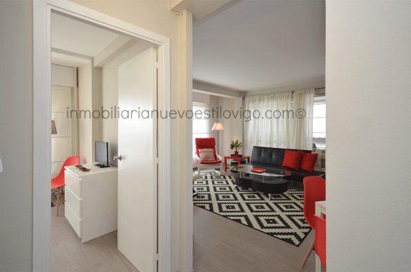 Amplísimo apartamento de un dormitorio con garaje, en edificio Apartuno, C/ Gran Vía_Vigo-Zona Traviesas
