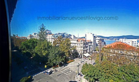 Amplio y moderno apartamento de dos dormitorios con vistas, C/ Areal-Vigo_zona centro/plaza de Compostela