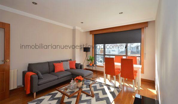 Soleado y acogedor apartamento de dos dormitorios con garaje, C/ García Barbón_Vigo-zona centro