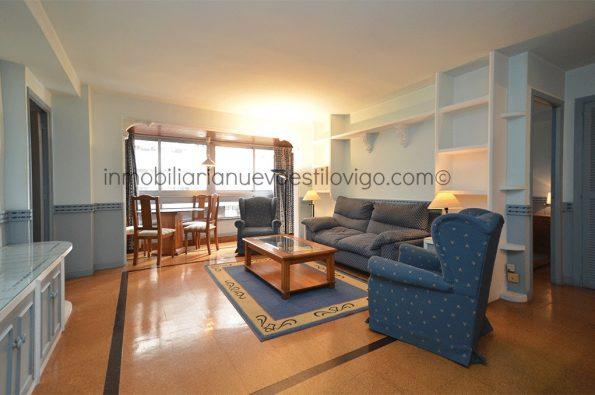 Apartamento de dos dormitorios con garaje y trastero, en edificio Apartuno, C/ Gran Vía_Vigo-Zona Traviesas