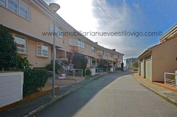 """Impecable chalet adosado en la urbanización """"La Peregrina"""", Avda. Atlántida-Vigo_zona Alcabre/Bouzas"""