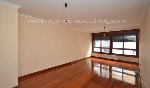 Impecable apartamento de dos dormitorios con garaje y trastero, C/ Bolivia-Vigo_zona Gran Vía/Corte Inglés
