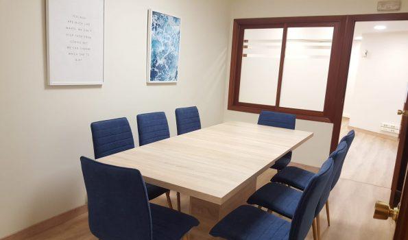 Estupenda oficina completamente reformada y a estrenar en la c/San Salvador_Vigo-zona ciudad de la justicia