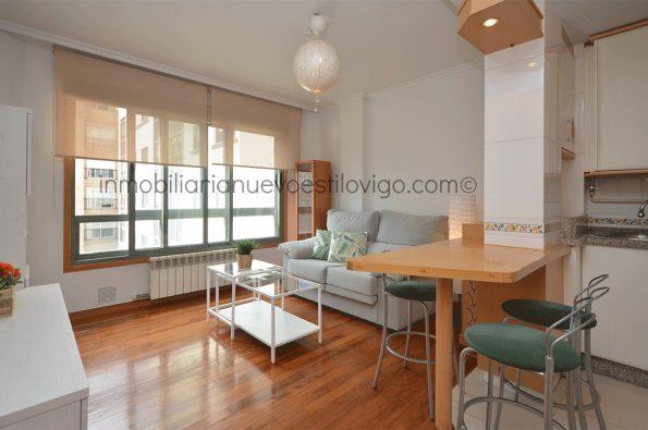 Acogedor apartamento de un dormitorio completamente equipado y con garaje en C/ Enrique Macías-Vigo_zona Hispanidad