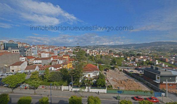 Vivienda de dos dormitorios de 120m², con espectacular salón-comedor, en C/ Gran Vía-Vigo_zona Plaza España