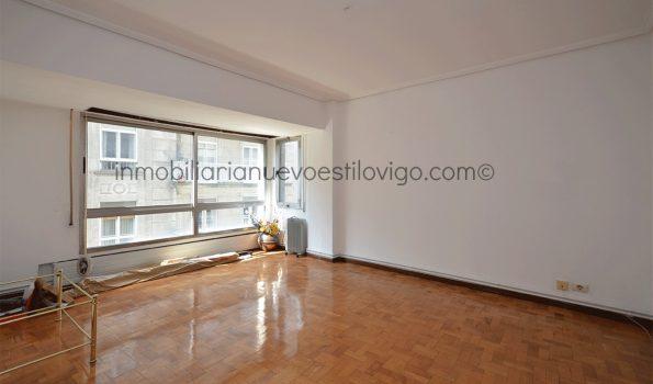 Amplia vivienda para actualizar de 150m² en C/ Gran Vía-Vigo_zona centro
